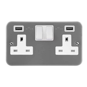 13 Amp Metalclad Socket Outlets - 2 gang switched with twin USB outlets