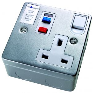 RCD Latching Sockets - RCD socket 1 gang 30mA 13A - white